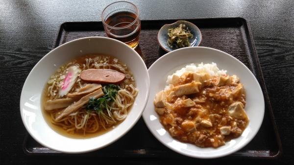 麻婆豆腐ラーメンセット
